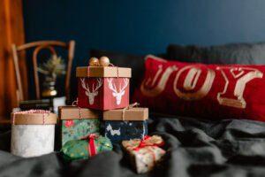 Pile de cadeaux de Noël